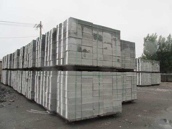 蒸压加气混凝土砌块在使用过程中遇到的问题